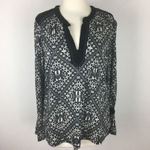 Lucky Brand Black and white Embroidered Top Large